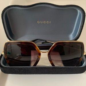 New unworn Gucci Urban sunglasses